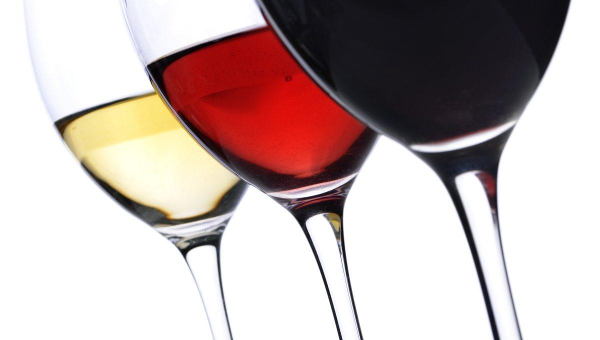 ¿En qué orden se sirven los vinos?