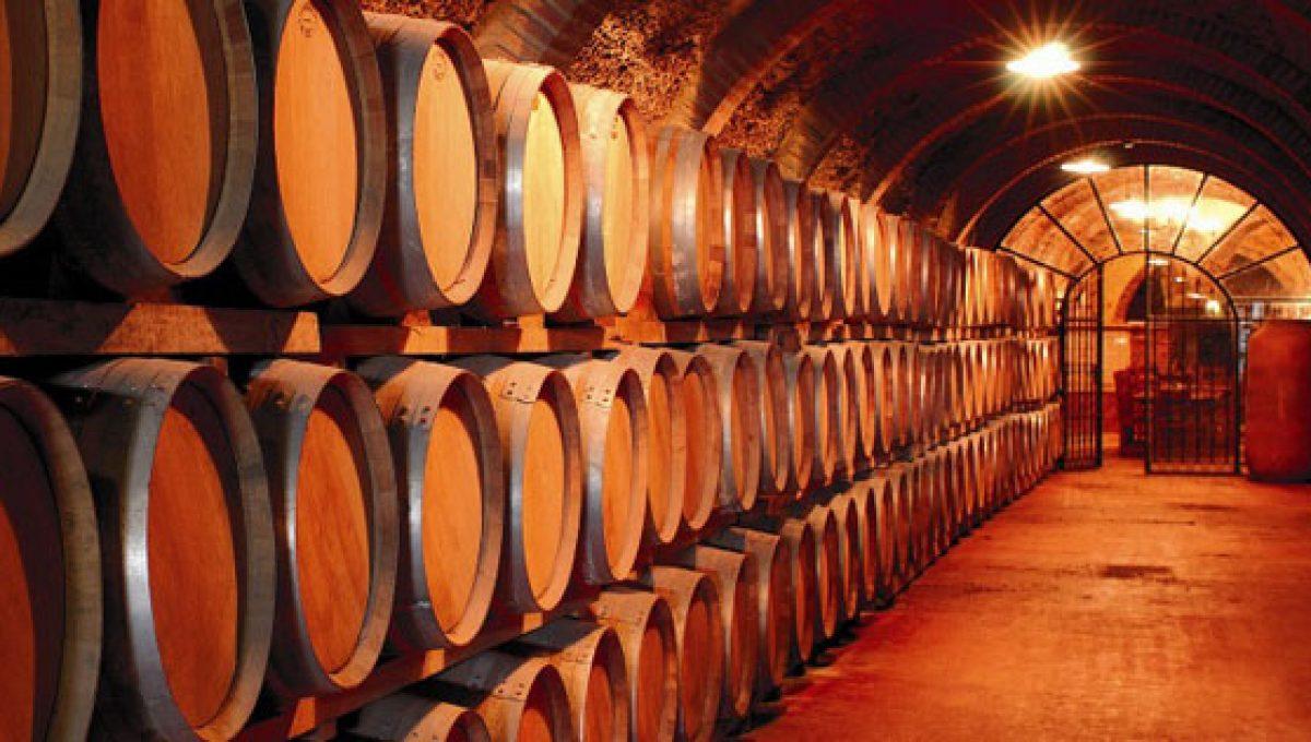 Bodegas de vinos con grandes diseños arquitectónicos